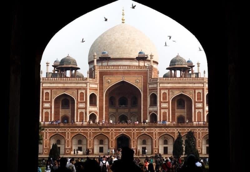 Humayan's tomb delhi travel guide