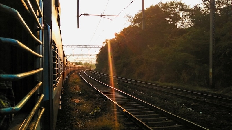 Train travel in India is a must for any first time visitors to India! #india #traintravel